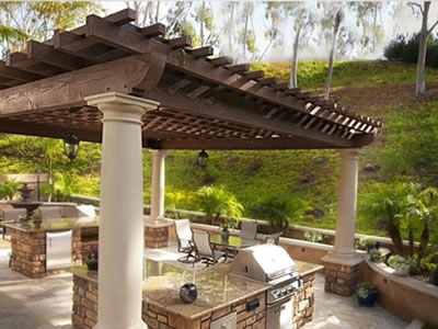outdoor living spaces construction