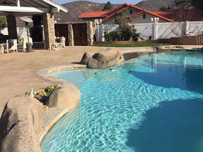 custom pool design and construction